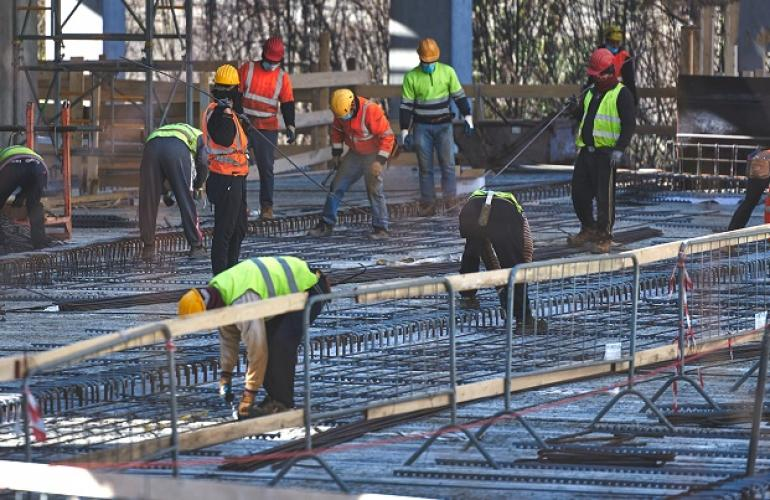 Outsourcing In Qatar For Construction Workers In Progress As 2022 Fifa World Cup Draws Near