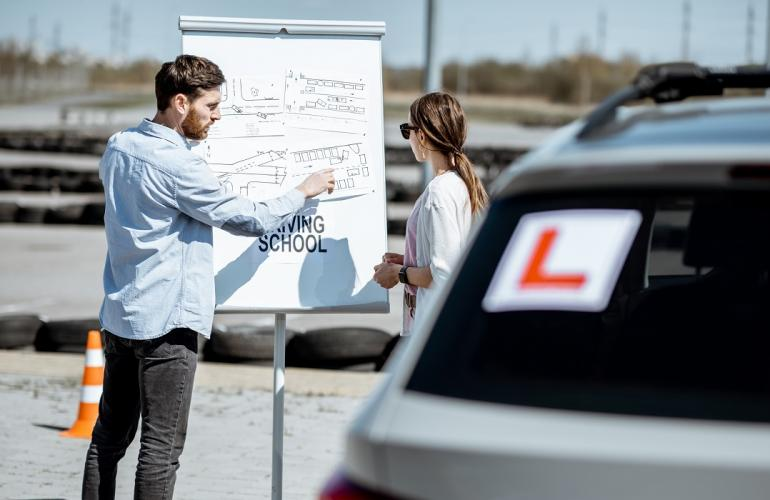 Recruit Driving Instructors Easily With This Outsourcing Service In Qatar