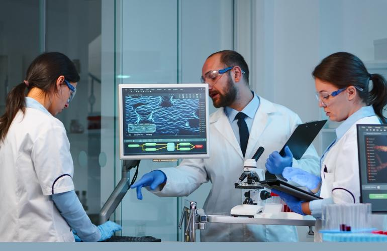 Recruit Microbiology Technologists With The Best Outsourcing Service In Qatar
